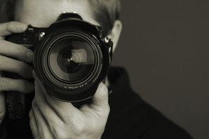 Необычное хобби: киевский фотограф раскрыл секрет съемки на пленку