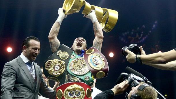 Ukraynalı dünya boksunun zirvəsində -