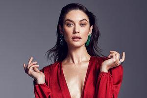 Больше не брюнетка: актриса Ольга Куриленко кардинально изменила имидж