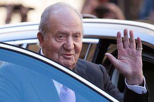 Бывшего короля Испании обвинили в коррупции и будут судить