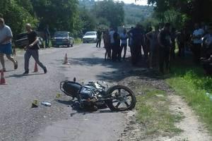 В Черновицкой области в ДТП погиб мотоциклист