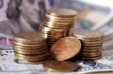 Гривня упала: доллар дорожает, евро пробил психологическую отметку