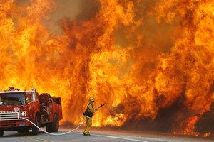 В четырех областях Украины объявили чрезвычайный уровень пожарной опасности