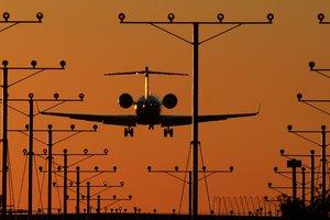 Юристы рассказали, какую компенсацию могут ожидать пассажиры за отмену или задержку авиарейса