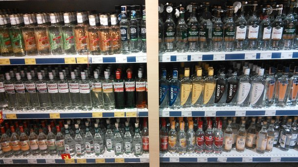 Вначале осени предполагается резкое увелечение стоимости алкоголя