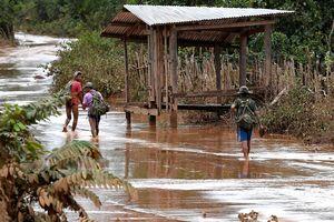 Катастрофа в Лаосе: пропало без вести более 1000 человек