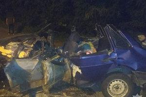 Жуткое столкновение грузовика и легковушки в Полтавской области: пострадали дети
