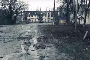 """""""Напоминает Чернобыль"""": в сети показали фото оккупированного Углегорска"""