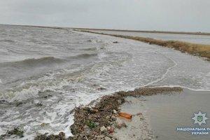 На курорте азовском курорте моря пожилой запорожец погиб во время купания