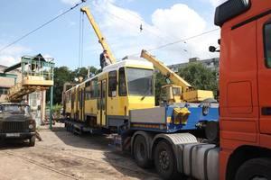 В Запорожье прибыли подержанные трамваи из Евросоюза