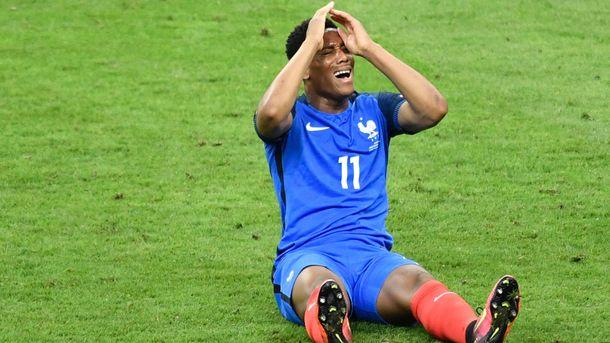 «Манчестер Юнайтед» оштрафовал Мартиаля. Моуринью незнает, возвратитсяли француз вклуб