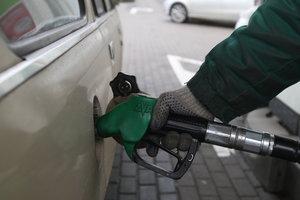 Бензин подорожал: чего ждать водителям в августе