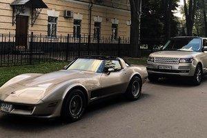 В Украине засняли редкий американский спорткар 80-х