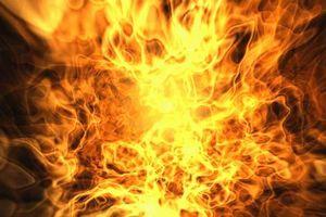 В Китае электроскутер загорелся в квартире во время зарядки