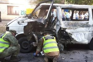 Полиция расследует взрыв автомобиля депутата в Каменском как покушение на убийство