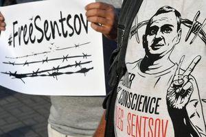 Визит к Сенцову: Денисова получила письмо от российского омбудсмена