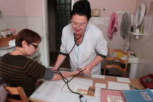 """""""Деньги идут за пациентом"""": Минздрав отчитался о резком росте зарплат врачей"""