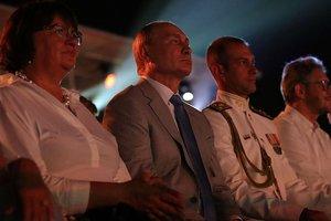 """""""Лебединое озеро"""" и """"печальное зрелище"""": Путин посетил аннексированный Крым"""
