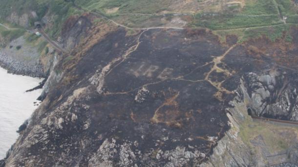 Благодаря пожарам изасухе вИрландии обнаружили древнейшие монументы