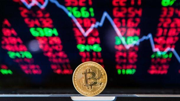 Рынок криптовалют просел на $500 млрд.