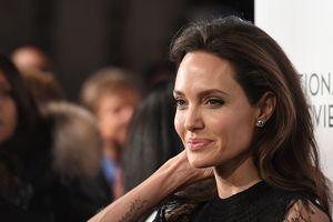 Анджелина Джоли предъявила новые требования к Брэду Питту