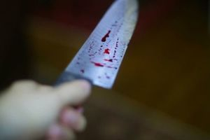 В Киеве мужчина ножом ранил знакомого