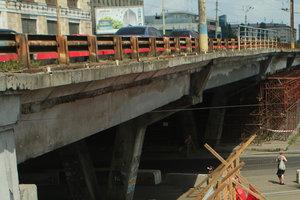 Шулявский мост в Киеве перекроют 18 августа: машины не будут пускать более года