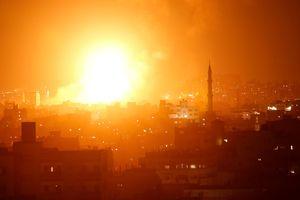 Израиль атаковал объекты боевиков в секторе Газа в ответ на ракетные обстрелы