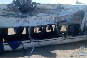 Столкновение маршрутки и грузовика в Запорожской области: все подробности аварии