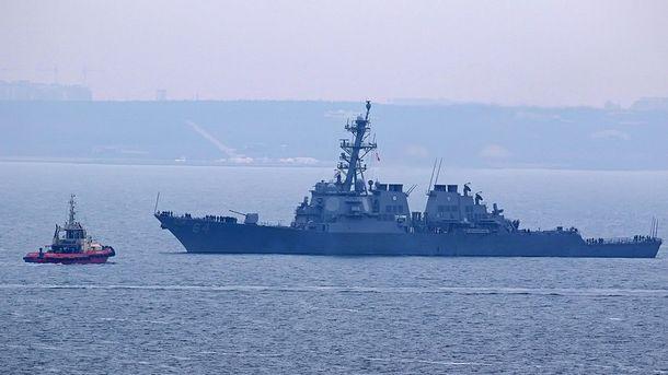 Эсминец США USS Carney зашел вЧерное море