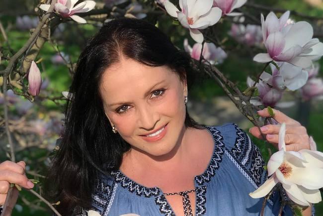 Босс Софии Ротару поведал оличной жизни эстрадной певицы после кончины супруга