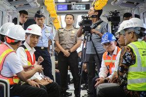 Мощное землетрясение в Индонезии: количество жертв резко возросло