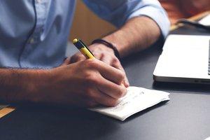 Понаднормова праця не завжди сприймається добре. Фото: pixabay