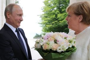 Действия Трампа помогают Путину сблизиться с Меркель - NYT