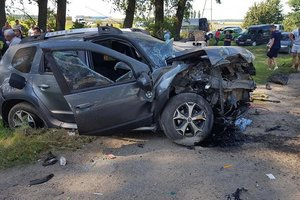 В Тернопольской области столкнулись автомобили: погиб водитель, двое детей в больнице