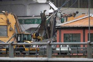 Обрушение моста в Генуе: количество погибших возросло