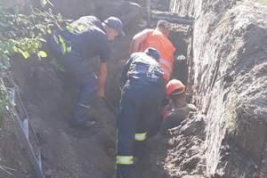Под Киевом рабочих засыпало землей в котловане: один погиб