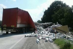 Смертельное ДТП во Львовской области: столкнулись две фуры