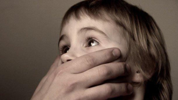 Сотни американских священников обвинены всексуальном насилии над детьми