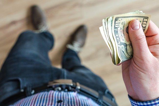 20d15e214c9f54 1 доллар США – 27,45 грн; 1 евро – 31,31 грн; 10 российских рублей – 4,11  грн. Таким образом, по сравнению со вчерашними значениями, курс доллара ...