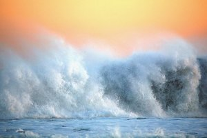 """На США надвигается субтропический шторм """"Эрнесто"""""""