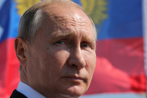 """Месть Путина за """"кровавого карлика"""": политолог объяснил, почему издеваются над Сенцовым"""