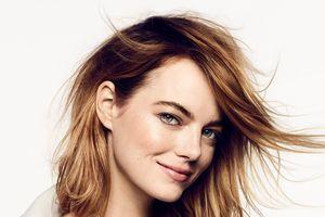 Эмма Стоун украсила обложку сентябрьского Elle