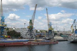 Россияне остановили перевозки в порты Украины из-за санкций - СМИ