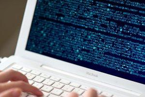 Подросток взломал серверы Apple и украл данных на 90 ГБ