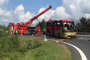 ДТП с автобусом украинцев в Польше: стало известно о состоянии пострадавших