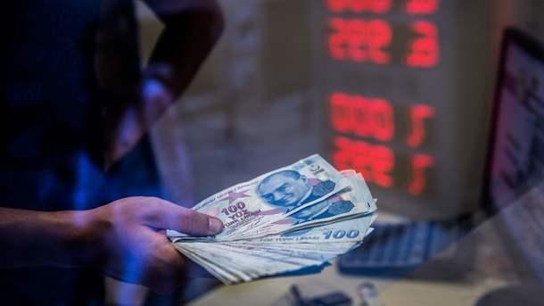 Агентства S&P иMoody's снизили кредитный рейтинг Турции
