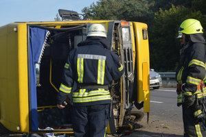 Столкновение маршрутки и грузовика в Днепропетровской области: число пострадавших возросло