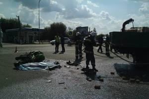 Страшное  ДТП в Ровенской области: грузовик столкнулся с мотоциклом