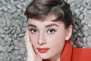 Неизвестные снимки Одри Хепберн покажут на выставке в Лондоне